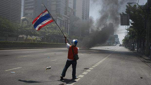 En direct de Bangkok: la mort en marche!